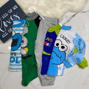 💥Bundle baby boy pajama tops bodysuit bottoms B7